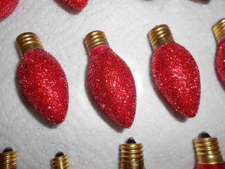 Red glitter bulbs (800x600)
