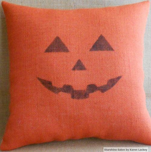 Jack O Lantern Pillow (2)